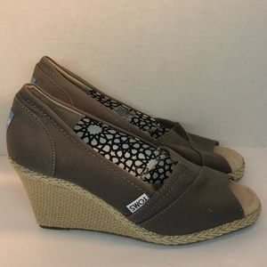 Toms Gray Canvas Rope Sole open toe
